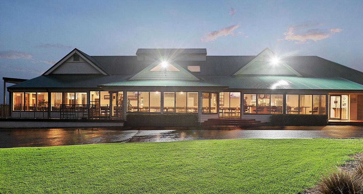 INDUSTRALIGHT_The_Coast_Golf_Club_High_Facade2
