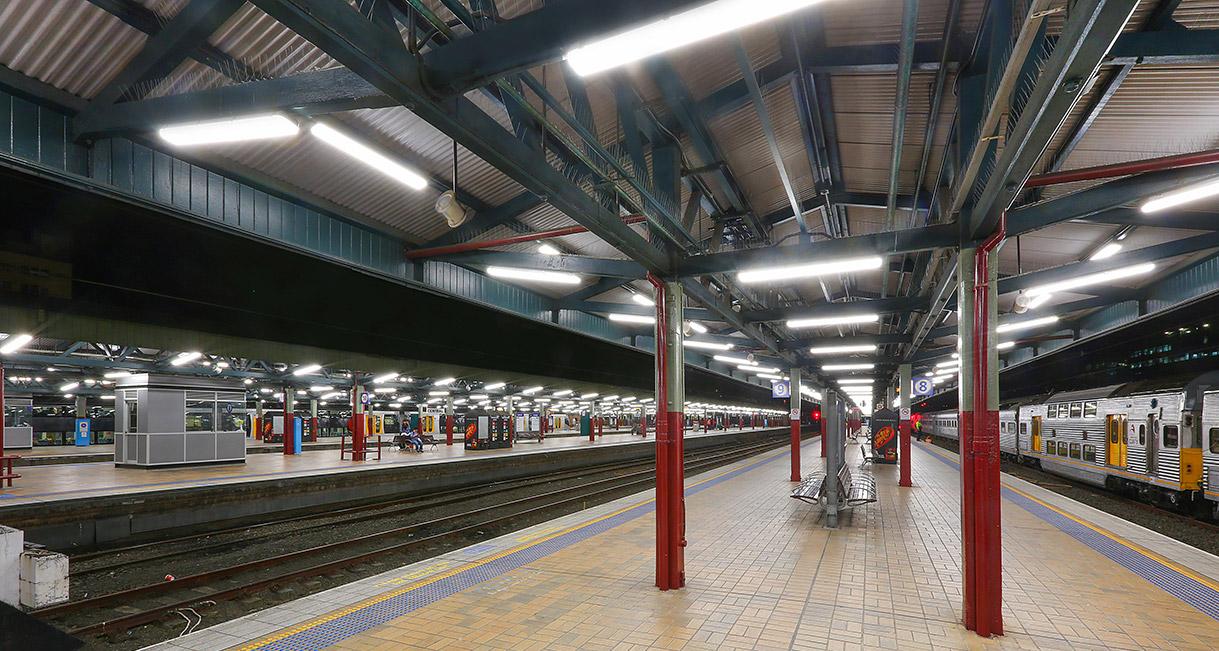 Industralight-LED-Lighting-Central-Station-3