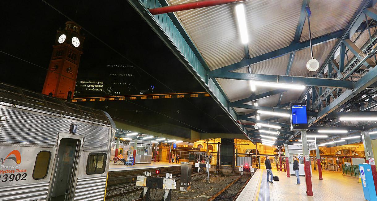 Industralight-LED-Lighting-Central-Station-4