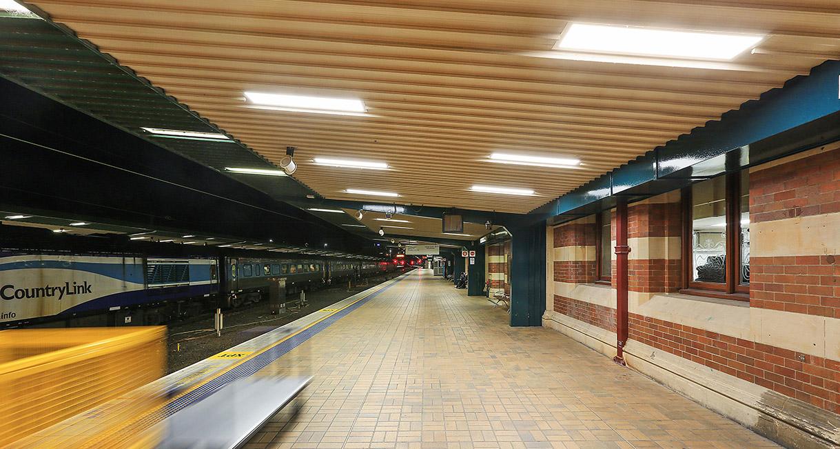 Industralight-LED-Lighting-Central-Station-5