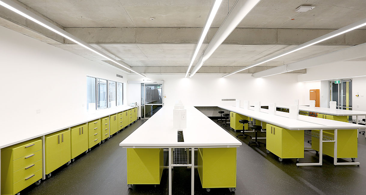 Industralight-LED-Lighting-UWS-Classroom-Profile-139A0200