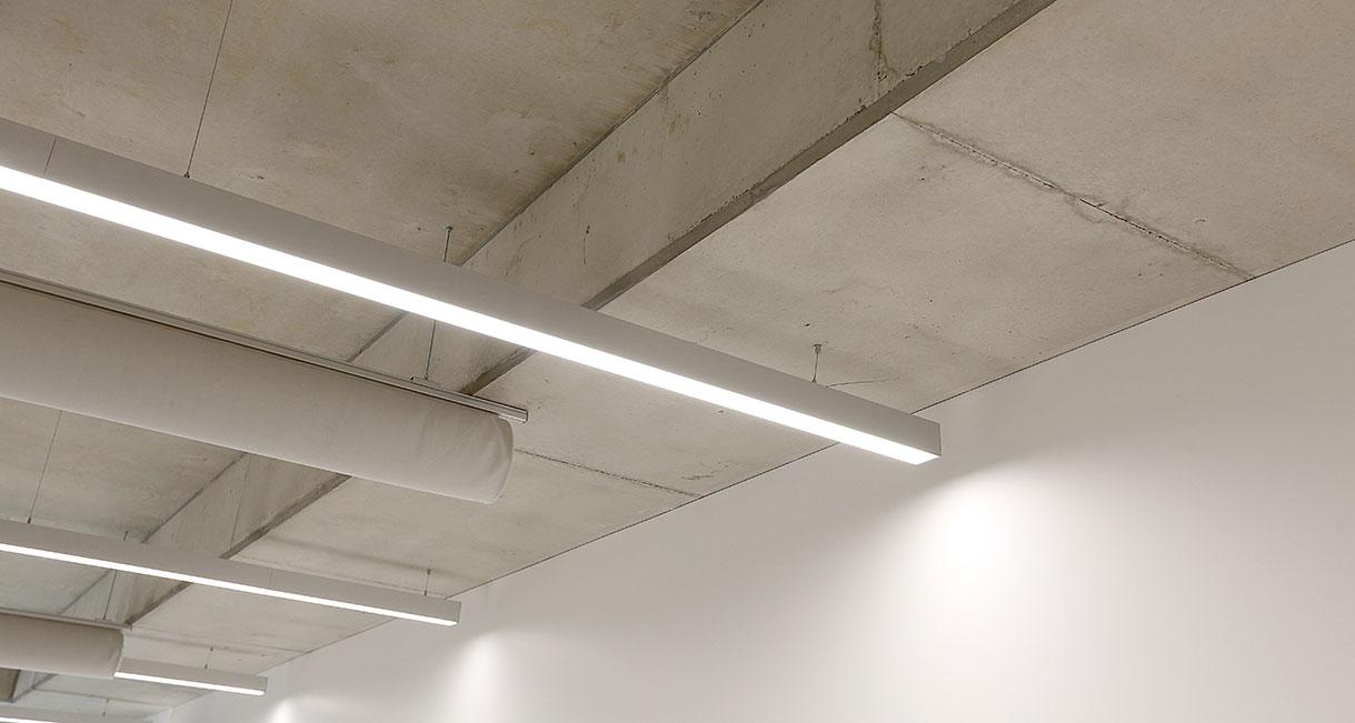 Industralight-LED-Lighting-UWS-Classroom-Profile-139A0225