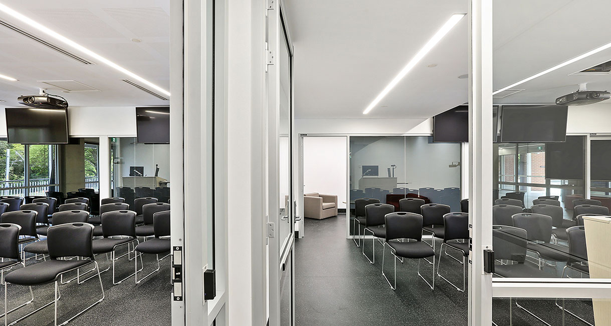 Industralight-LED-Lighting-UWS-Conference-Room-4