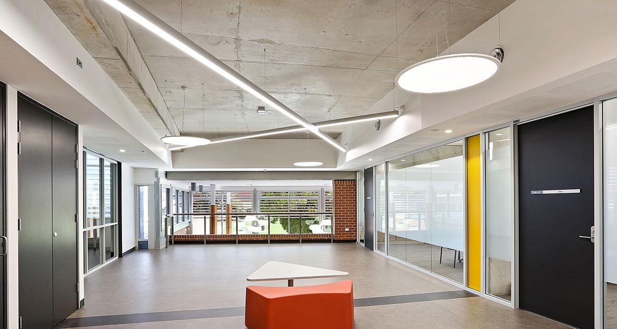 Industralight-LED-Lighting-UWS-Profile-7