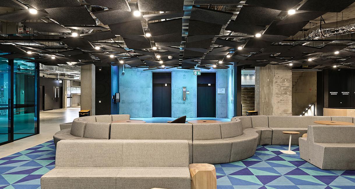 Industralight_Macquarie_University_High_lounge_3Industrial_LED_Lighting