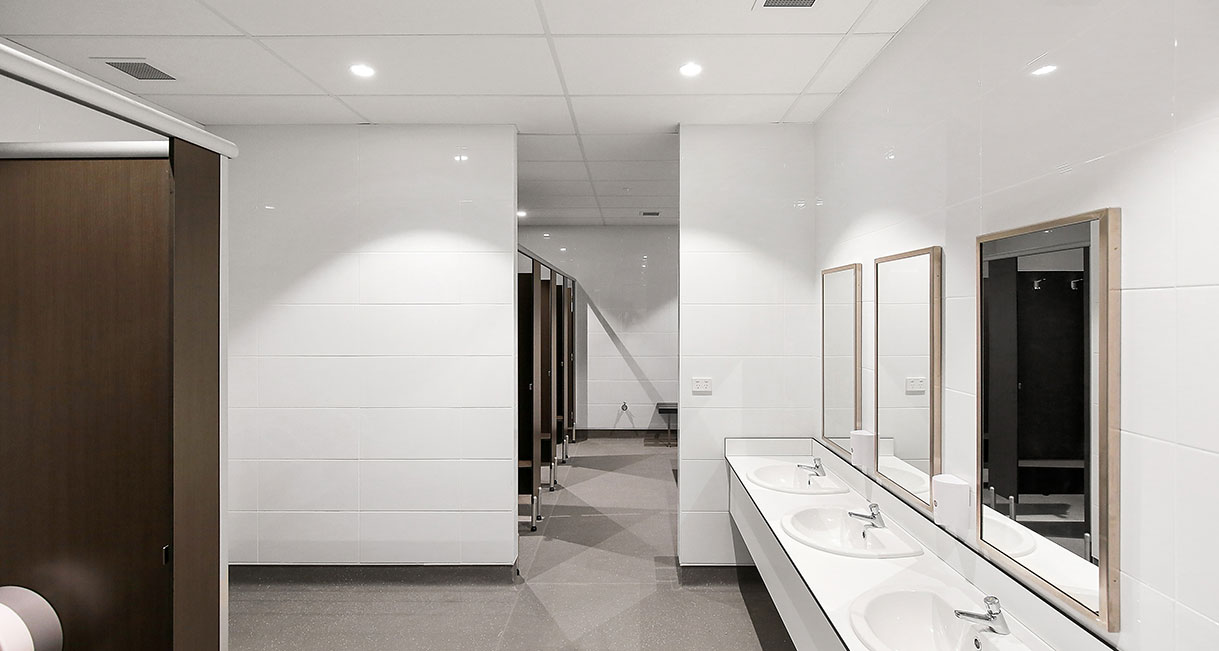 Industralight_Port_Macquarie_Indoor_Stadium_High_Bathroom1