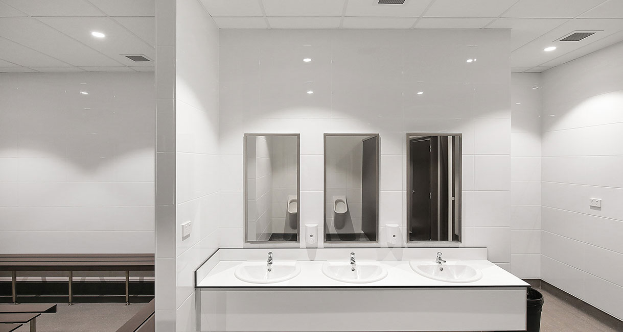 Industralight_Port_Macquarie_Indoor_Stadium_High_Bathroom3